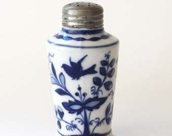 Collectible Antique Porcelain Salt Shaker Flow Blue Onion Pattern with Bird