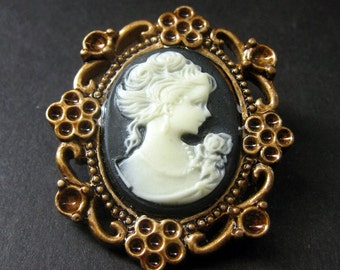 Dark Purple and White Cameo Cabochon Shank Button. Floral Frame Cameo Button in Bronze. Resin Button - 45mm x 39mm  (Qty 1)