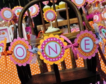 Girls Pumpkin Highchair Banner 1st Birthday, I am One Banner, Halloween Birthday Party Decorations, Little Pumpkin, Pumpkin Patch Party