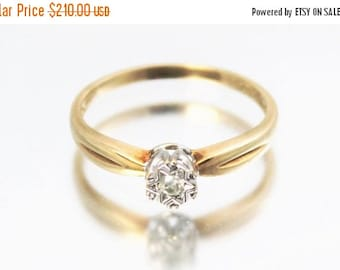 CIJ SALE Vintage Ladies Diamond Solitaire Ring Wedding Engagement 9ct 9k Yellow Gold | FREE Shipping | Size N.5 / 7