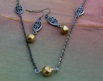 Vintage Filigree Necklace & Earrings - Gold Jewelry - Filigree Jewelry