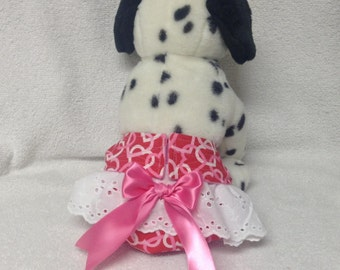 Female Dog Diaper Britches Pet  Panties Wrap Skirt Size XSmall To Medium Hearts  Fabric