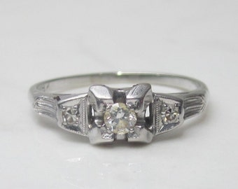Vintage Diamond Solitaire Engagement Ring in 18k Solid White Gold, Size 6.5 // Illusion Setting //