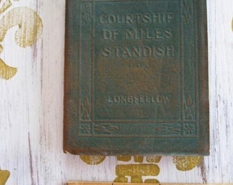 Antique Little Leather Small Book Courtship Of Miles Standish Longfellow Classic Literature New York Little Leather Library Corporation 1921
