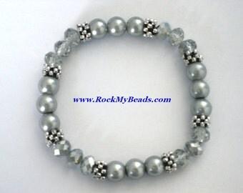Gray Pearls and Silver Crystal Bracelet,bracelet,jewelry,women bracelet,beaded bracelet,bridesmaid bracelet,pearl bracelet,crystal bracelet