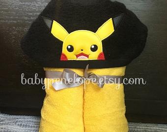 Pikachu Hooded Towel - Pokemon Birthday party - Pokemon Christmas Gift - Personalized Pokemon Gift
