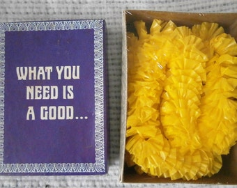 Vintage Gag Gift, 1984 Cal - Themes, Inc No. 596 What You Need is A Good Lei
