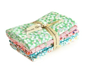 Hope Chest 2 Fat Quarter Fabric Bundle by Penny Rose