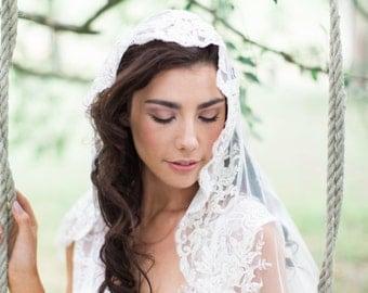 Bridal Veil, Lace Mantilla Veil, Fingertip Mantilla Veil, Ivory Lace Mantilla Veil
