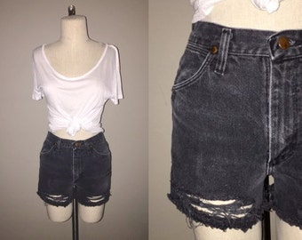 Vintage 80's / 90's black DISTRESSED WRANGLER denim cut-off shorts - S