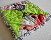 Green and Abstract Floral Hourglass Bowtie quilted cotton hot pat coaster