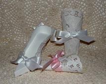Favor Bags,White Lacy Shoe Favor Inserts, 5 count, original design