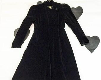 40's black velvet long opera coat 1940's velour flared princess evening coat / full length / romantic / gothic / over coat / side button S