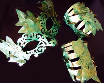 POISON IVY Costume MASK and Ivy Cuffs Cosplay Set