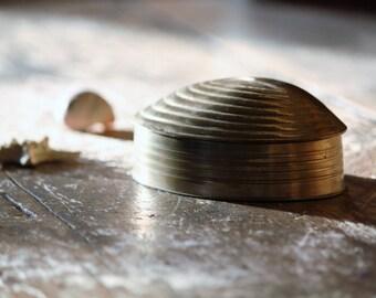 Vintage Brass Clam Shell Trinket Dish / Hinged Storage Box