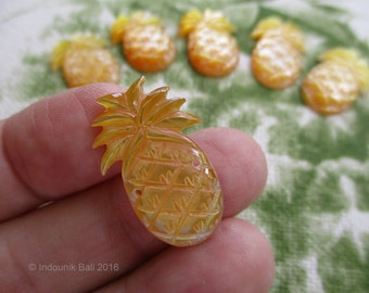 Pineapple Crush Double Drilled Small Cabochon in Carved Golden Yellow Mother of Pearl Shell 25mm, 1mm Holes, 1pc
