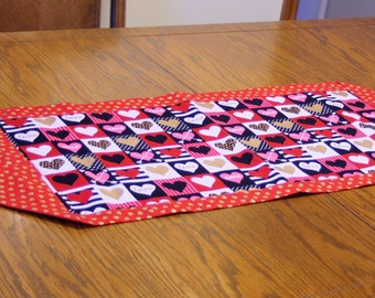 Valentine Table Runner with Heart Print on Top and Red with Gold Hearts on Back