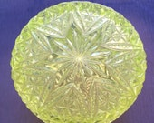 No 1 Vaseline / Uranium Glass Trinket with Lid, Belgium, c1930