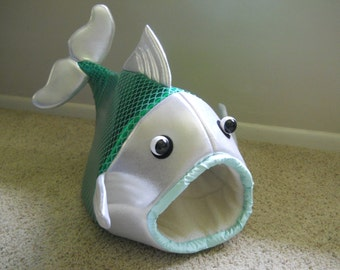 Fish Shaped Pet Bed Green Scales with Silver Metallic Head