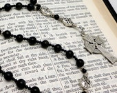 Onyx Anglican Prayer Beads with Celtic Cross