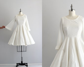 Full Circle Skirt Dress . Bell Sleeve Dress . 50s 60s White Dress . Vintage Dress