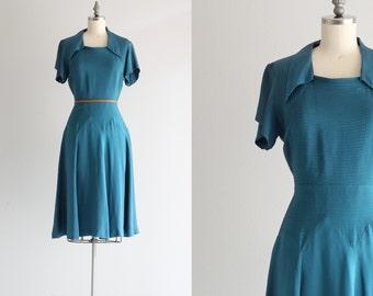 Vintage 40s Dress . 1940s Day Dress . Blue Rayon Dress