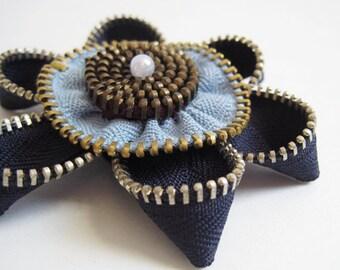 Star Flower Zipper Brooch Pin