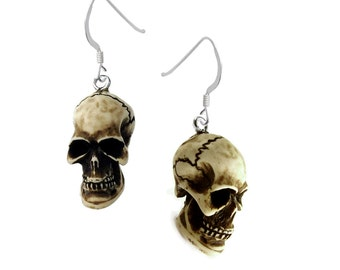 3-D Skull Earrings Qty:1pair