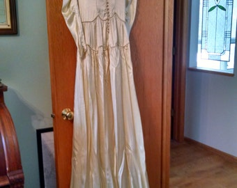 vintage satin wedding gown ivory used