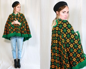 Vintage Vtg Vg 1960's 1970's DAISY Retro Print Emerald Green and Orange Fringe Poncho Coat Women's Retro Hipster Op Art 1970's Hippie