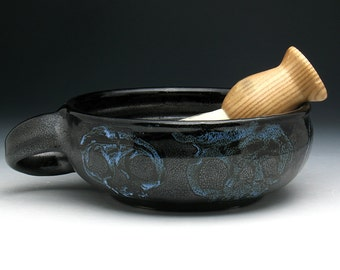 Ghost Skull Shaving Bowl with Angled Handle for RIGHT HANDERS