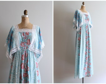 vintage 70s aqua blue maxi dress - full length hippie dress / rose floral print maxi - angle sleeve dress / 70s bridesmaid - festival