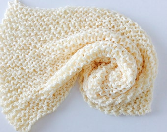 """MADE TO ORDER Chunky Knit Baby Blanket, Cream Color, photo prop blanket, size 32"""" x 32"""""""