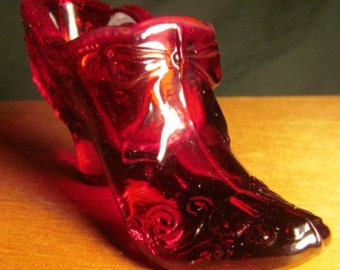 Vintage Ruby Red Glass Bow Tie Shoe