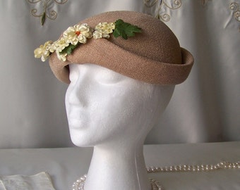 Vintage Woven Hat Ladies Hat Mid Century 1950s Tan Hat Pale Yellow Floral Spray