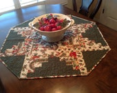 QUILTED OCTAGON CHRISTMAS Table Topper~ Log Cabin Blocks ~ Red,Green,Holly,Floral,Green Dot ~ Moda Fabric ~ Meander Quilting ~ Ready To Ship