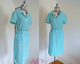 Vintage 1950s Blue and White Stripe Shift House Dress with XL Pockets and Shirt Collar Large