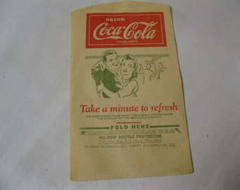 "Coca Cola Retro Cool Fun Estate Find Vintage Collectible Paper No-Drip Bottle Protector ""Take a Minute to Refresh"" Picture of Dancing Couple"