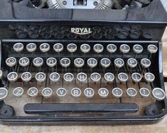 Vintage Royal portable typewriter Black with white keys