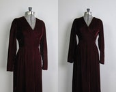 SALE 50% OFF Vintage 1970s Red Velvet Holiday Dress. 1970s Seventies Lorrie Deb Maxi Dress. Size Small