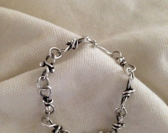 NEW ITEM! Beautiful Link Sterling Silver Bracelet.Handmade.Unique Bow tie Chain.The Bleu Giraffe.Antiqued.Ready To Ship