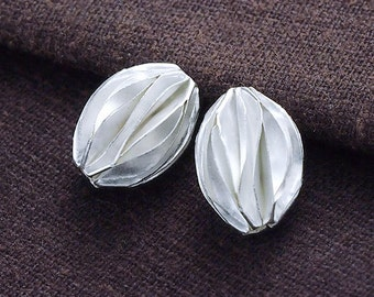 2 of Karen Hill Tribe Silver Pleat Beads 10x14 mm. :ka4165