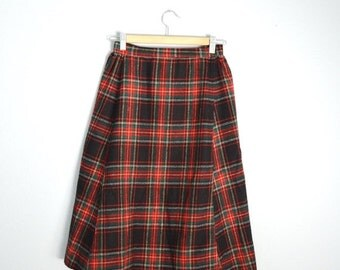 July SALE - 15% Off - Vintage 70s Plaid Red Green Black Wool SCHOOL GIRL Knee Length Tartan Skirt // womens xsmall small