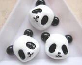 8 pcs of Cute Resin Panda Cameo 21x17mm White