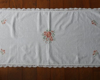 Handmade cotton tablecloth, square tablecloth, hand embroidered tablecloth, embroidery tablecloth, crotchet tablecloth, floral tablecloth