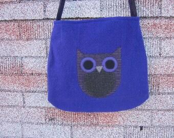 Owl crossbody bag, wool totebag, recycled wool