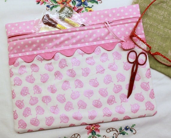 Stitching Queen Pink Crowns Cross Stitch, Embroidery Project Bag