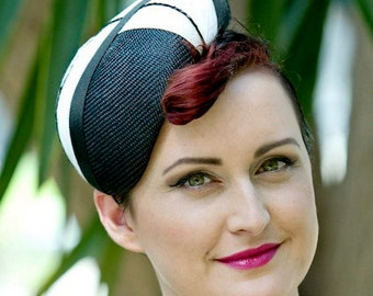 Black Straw Hat with Art Deco-Style Stripes