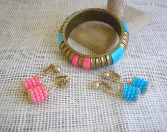 Vintage Brass Bangle Pink and Aqua Cabochons Pink and Blue Vintage Earring Set Vintage Jewelry Retro Jewelry Vintage in Paradise