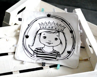 Lovey with princess girl Baby Taggy Taggie blanket Baby comforter Comfort blanket Sleep cloth  White black Scandinavian style Monochrome